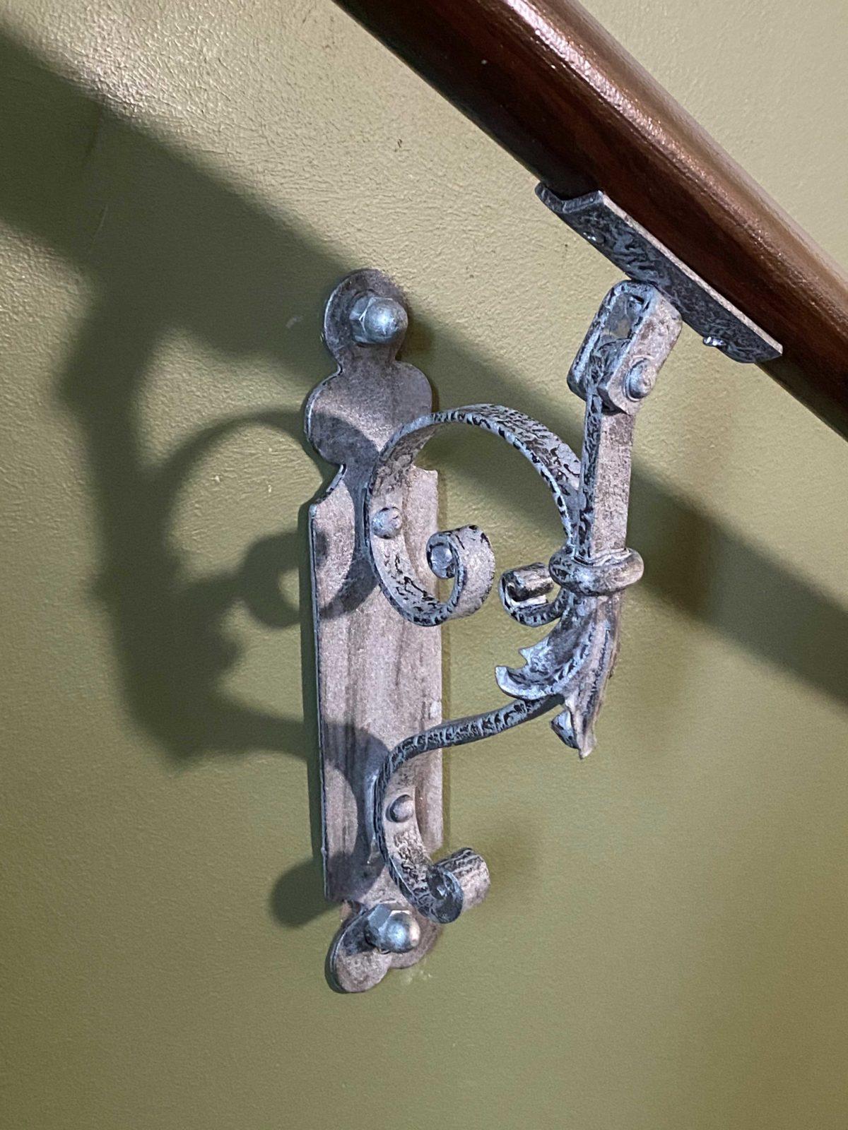Treppengitter restauriert